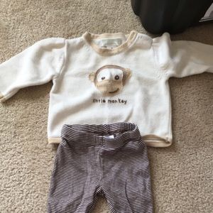 Monkey sweater and coordinated pants